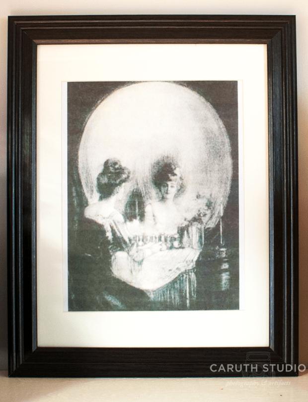 Framed memento mori