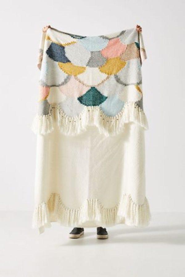 Hello Hydrangea Scalloped Knit Throw Blanket
