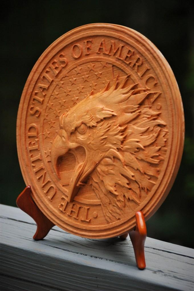 Round United States fierce eagle plaque