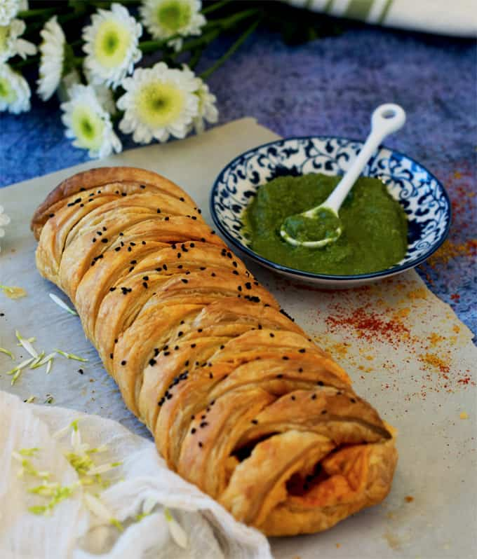 achari-paneer-puff-pastry-for-parties