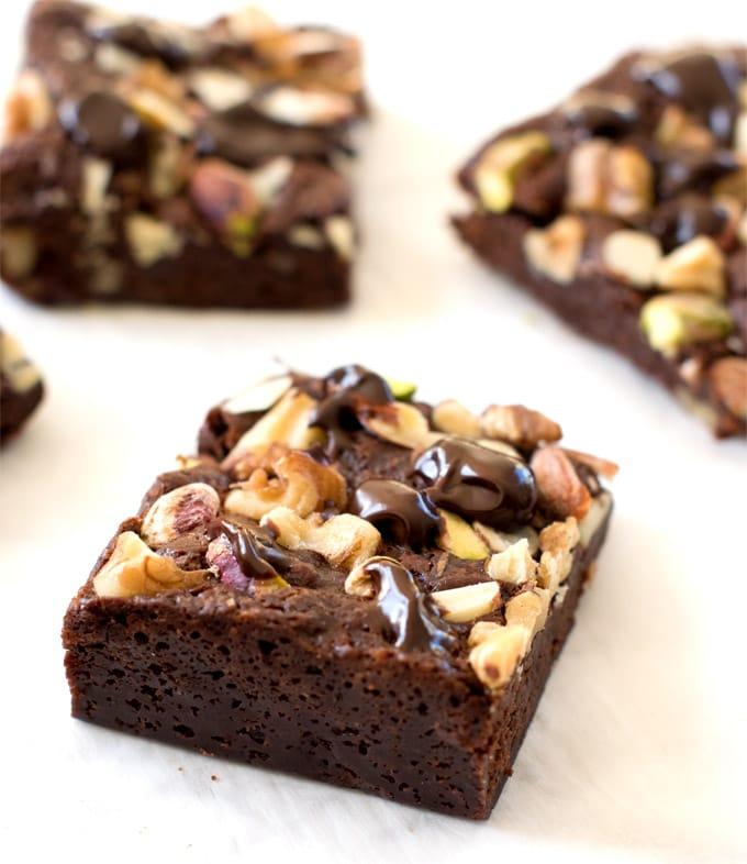 vegan-cocoa-brownies-fudgy