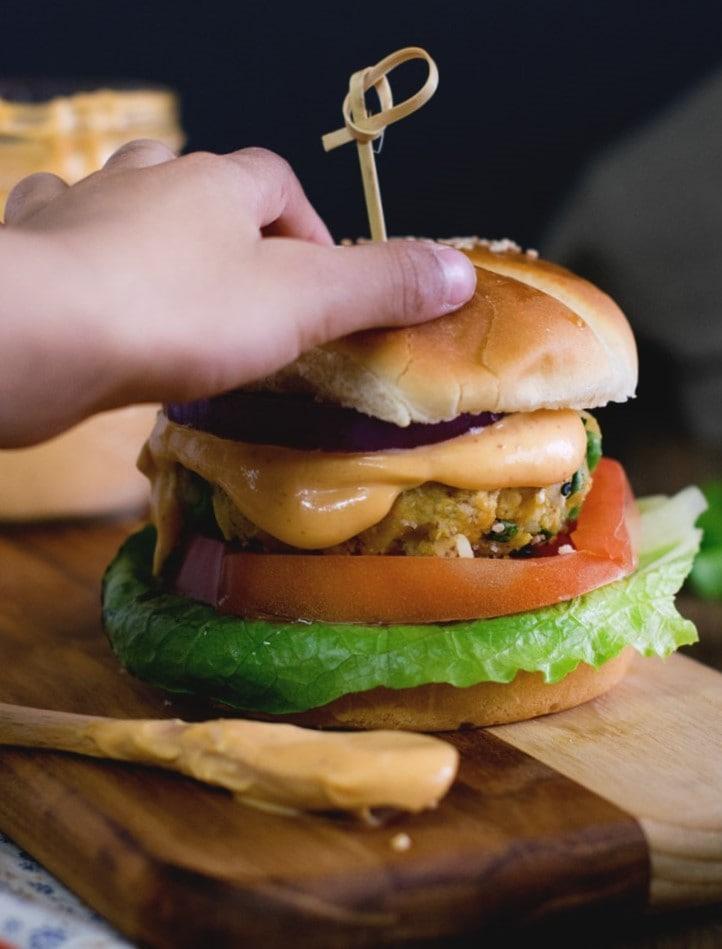 Vegetable-burger-vegan- (2)