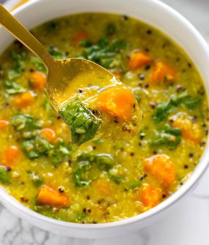 Instant Pot detox soup | Vegetable Lentil Quinoa soup diet