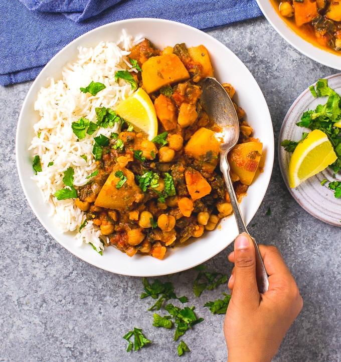 Instant pot Vegan stew ( oil free chickpea vegetable stew)