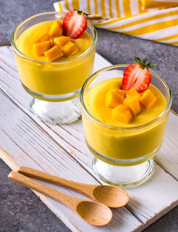 Easy mango mousse without gelatin
