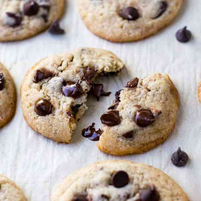 Ultimate Eggless Chocolate Chip Cookies