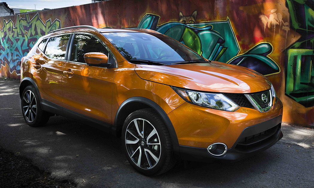 https://i2.wp.com/www.carvisionnews.com/wp-content/uploads/2017/05/cvr-nissan-rogue-sport-takes-nameplate-momentum-further.jpg?fit=1048%2C629