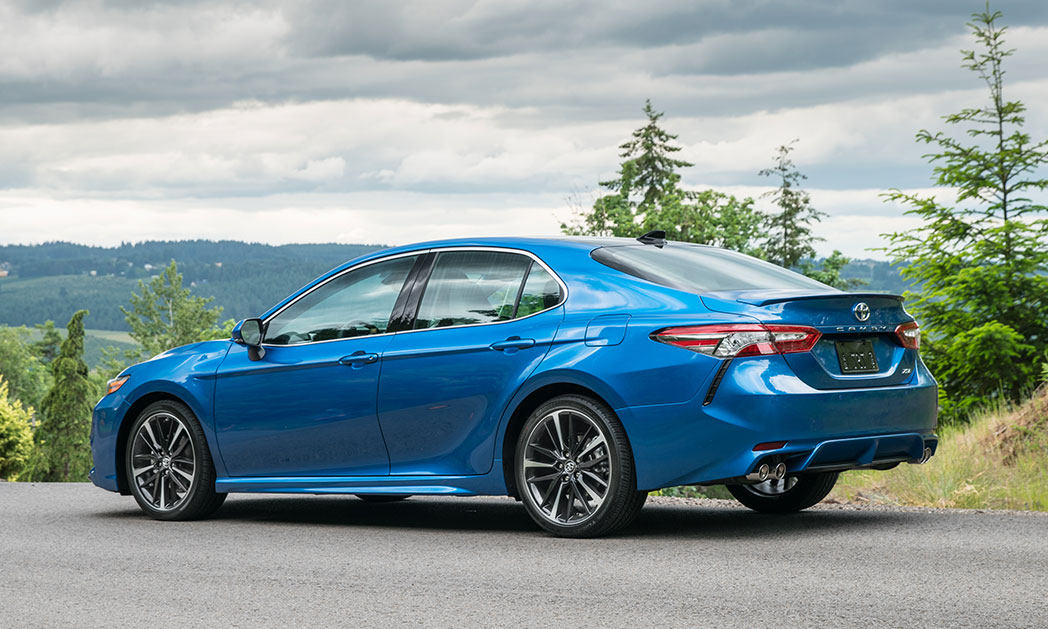 https://i2.wp.com/www.carvisionnews.com/wp-content/uploads/2017/12/toyota-camry-seeks-a-reset-in-the-waning-days-of-the-sedan.jpg?fit=1048%2C629&ssl=1