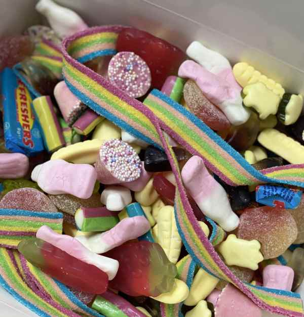 Rainbow Sweet Box