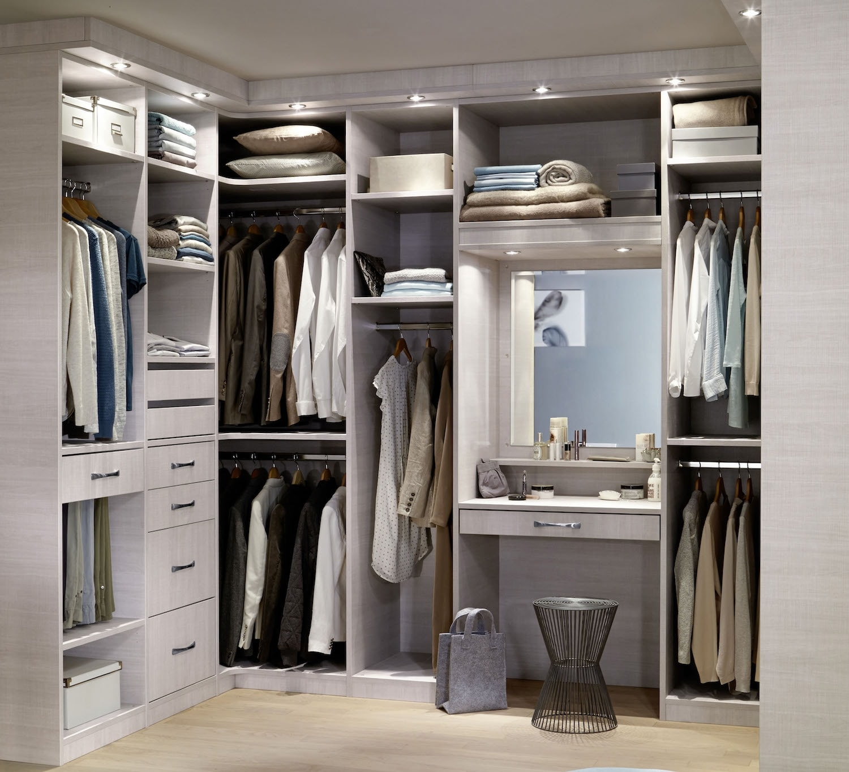 personnalisez votre armoire sur mesure a volonte
