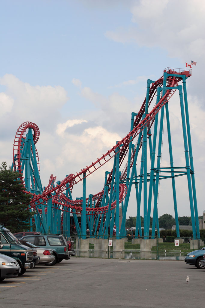 Six Flags Darien Lake Superman