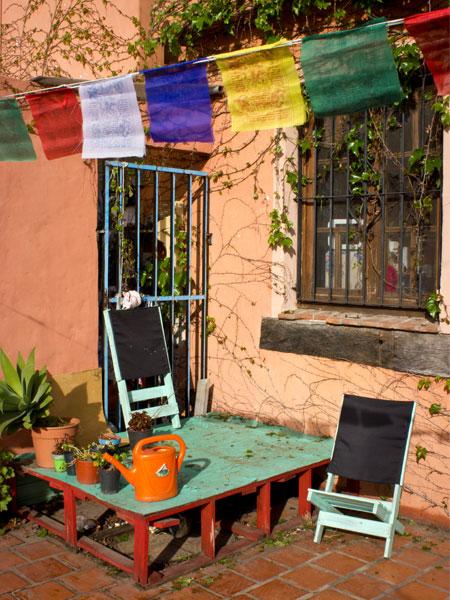 Interiores 97a y 97b abajo y arriba casa chaucha for Casa silvia muebles y colchones olavarria buenos aires