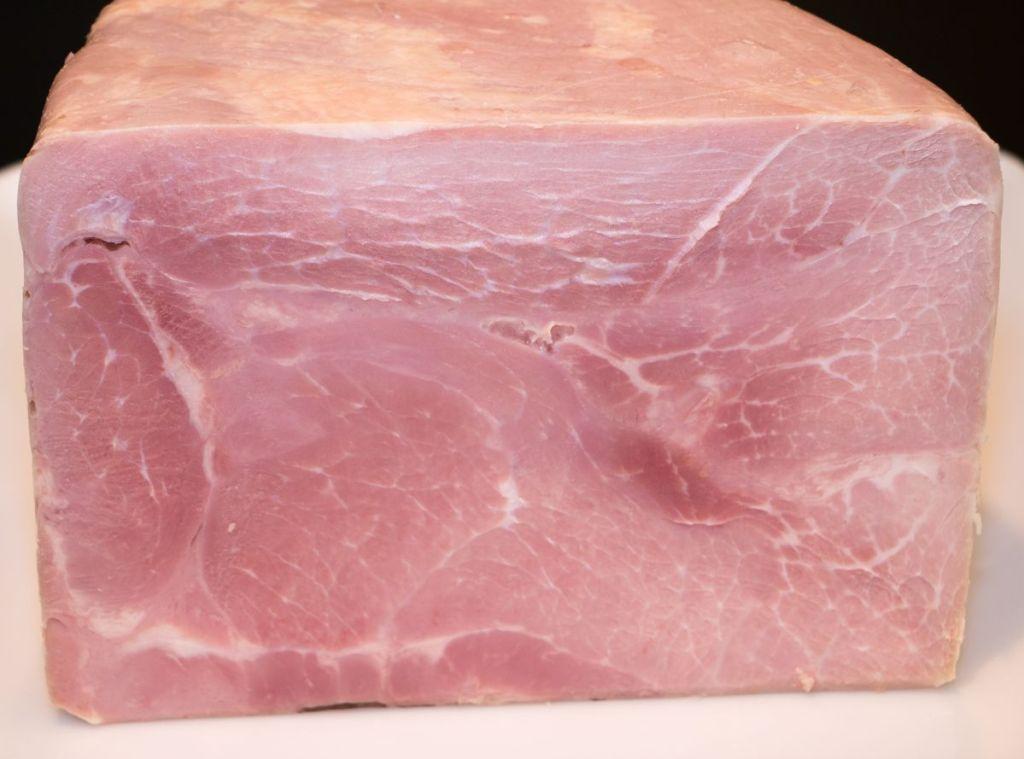 casacoll-xarcuteria-carnisseria-pernil cuit