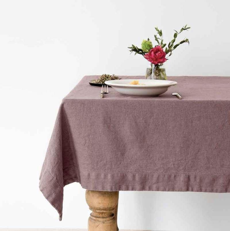 Linnen tafelkleed Ashes of Roses, kleur lavendel, merk Linen Tales, online te koop bij Casa Comodo