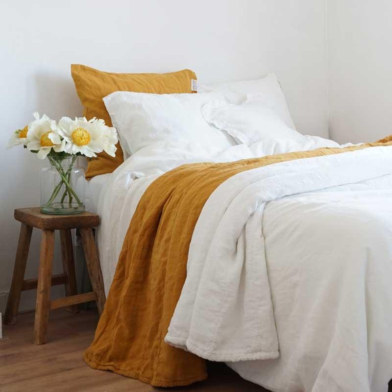 Heerlijk slapen onder linnen beddengoed – Casa Comodo