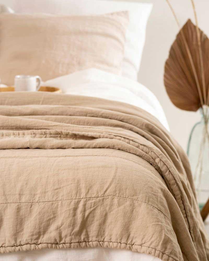 Linen bedding   Casa Comodo