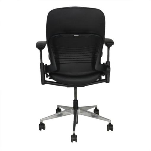 Steelcase_Leap_V2_Chair_with_aluminium_base_in_black_leather