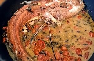 Pesce Fagiano ai profumi del Mediterraneo
