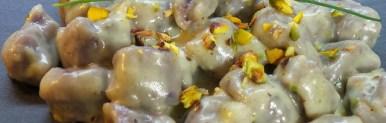 Gnocchi viola con gorgonzola e pistacchi