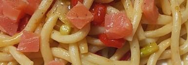 Pasta pomodorini asparagi e salmone
