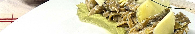 Tagliatelle di Timilia carciofi e ricotta su crema di carciofi
