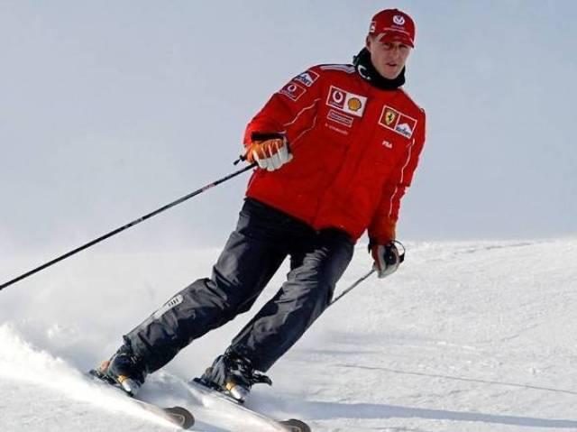Schumacher sofreu um grave acidente de esqui nos Alpes Franceses, em dezembro de 2013, e, desde então, passou a lutar diariamente pela vida