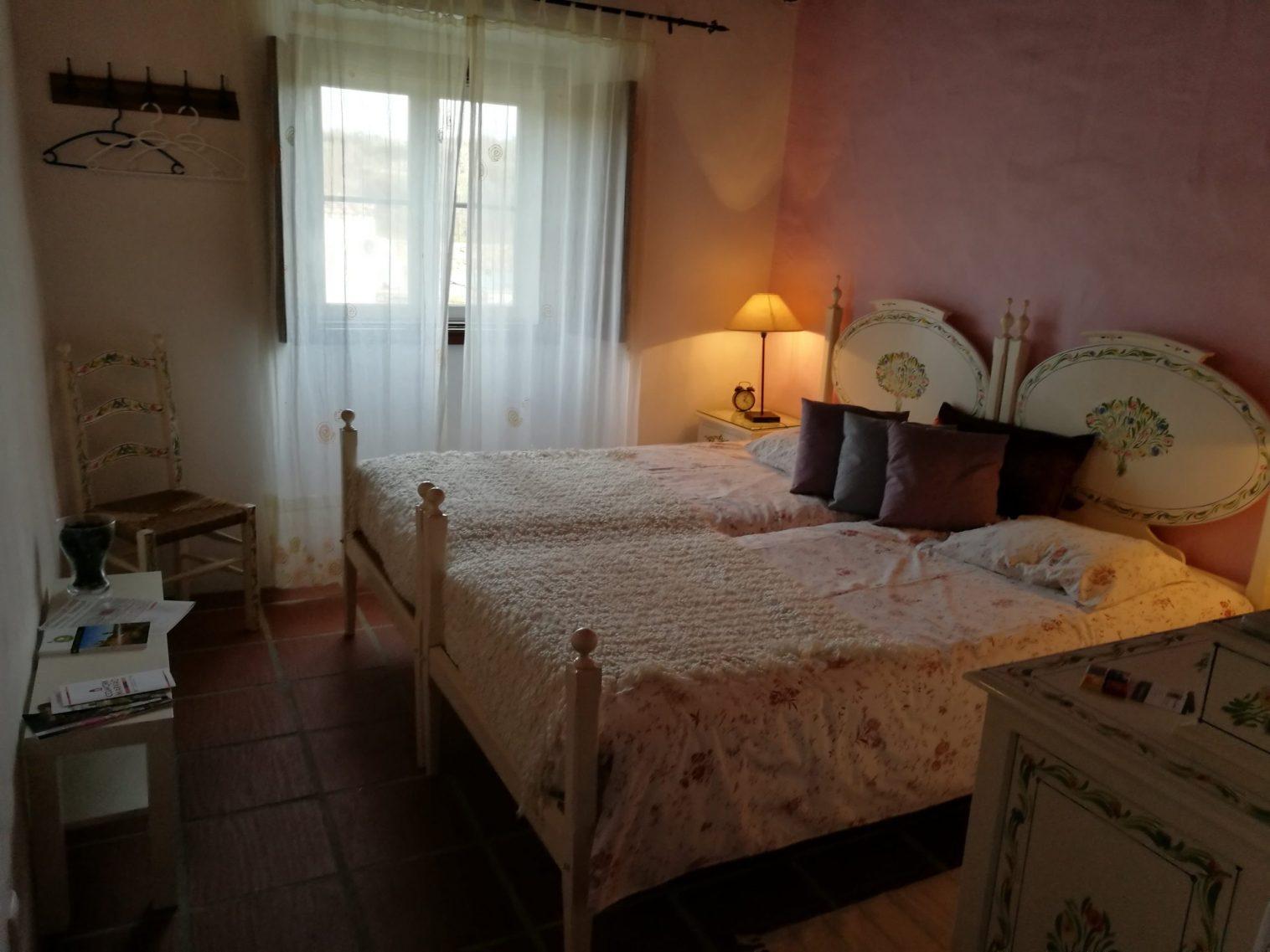Casa das Amoras Quarto Branco / White Room