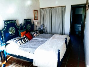 Casa das Amoras Quarto Azul / Blue Room
