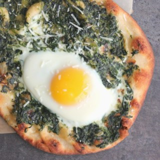 What to do with Thanksgiving Leftovers: Spinach Gratin Breakfast Pizza