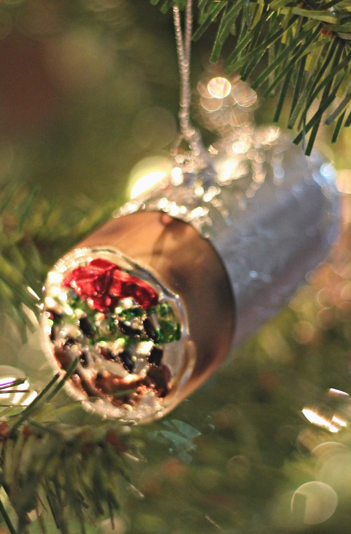 a random burrito ornament from the bestie this year (in our college days, we more than took advantage of Moe's Monday)