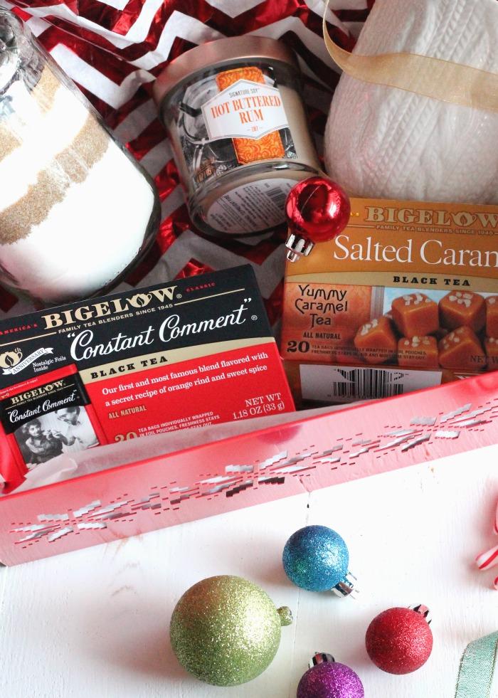 Last minute gift basket for the neighbors #MeAndMyTea | casadecrews.com