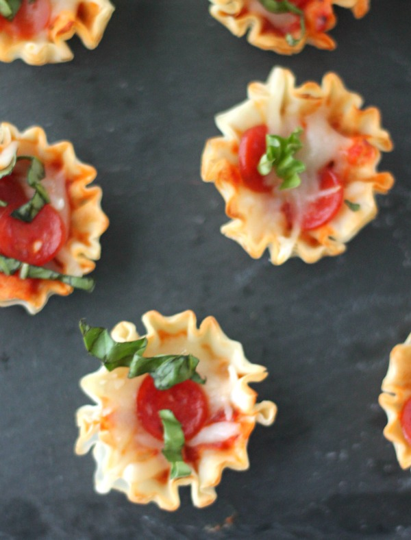 Pepperoni Pizza Bites   casadecrews.com