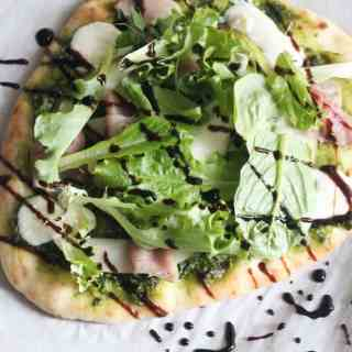 Pear and Prosciutto Pesto Pizza (and an organicgirl giveaway!)