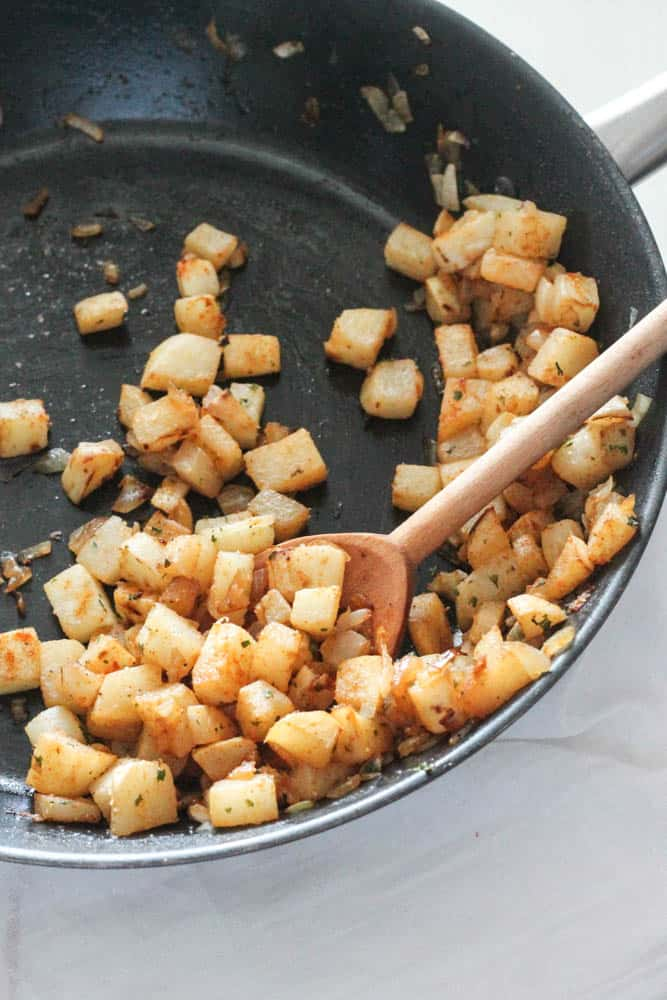 Jicama Home Fries - paleo substitution for your perfect breakfast! #SundaySupper | casadecrews.com