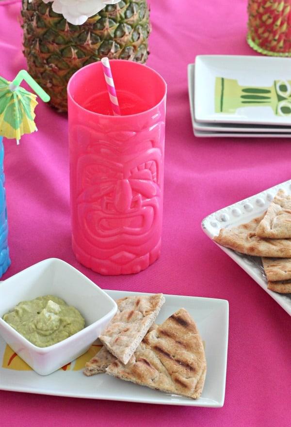 avocado hummus | casadecrews.com
