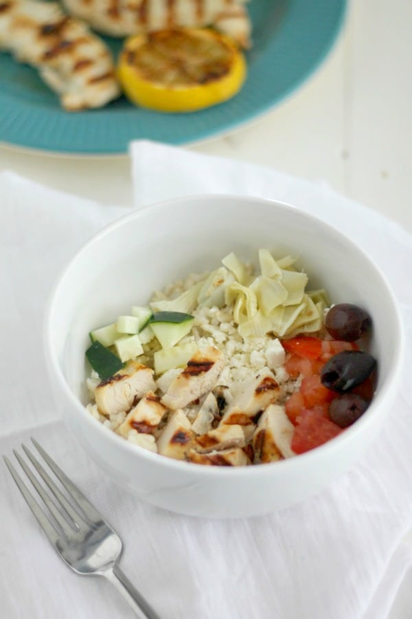 chicken souvlaki rice bowls | casadecrews.com