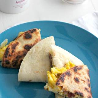 Breakfast Quesadillas with Bacon and Cheesy Eggs #BrunchWeek
