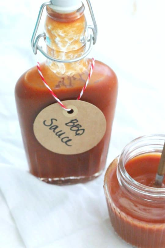 Homemade BBQ Sauce - Low Carb, and tangy | www.casadecrews.com