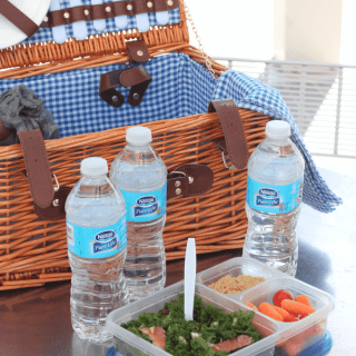 How to pack a stress-free picnic basket