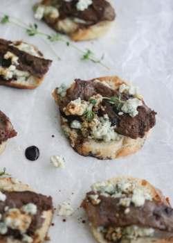 Blue Cheese Steak Crostini