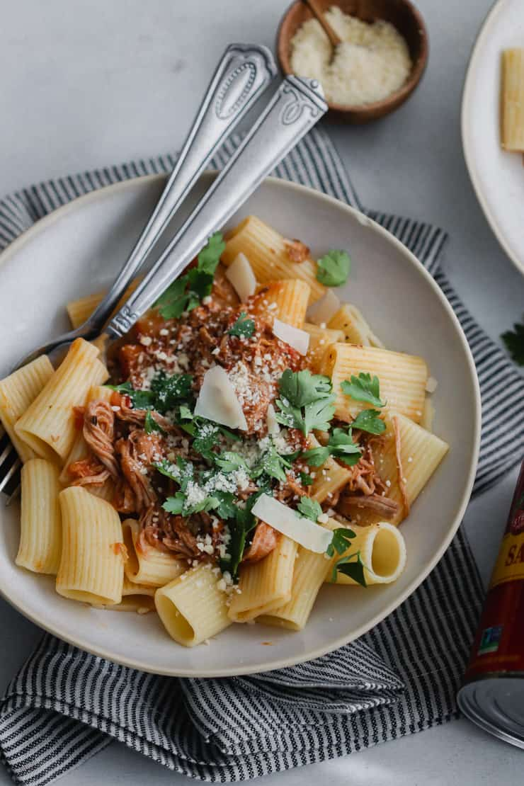 Instant Pot Pulled Pork Ragu