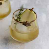 Pear Gin Fizz Cocktail
