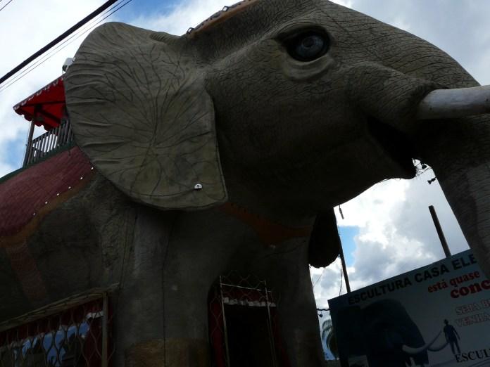 cordisburgo-mg-escultura-casa-elefante-2