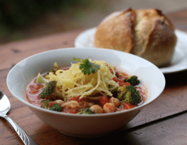 tomato noodle soup with chickpeas