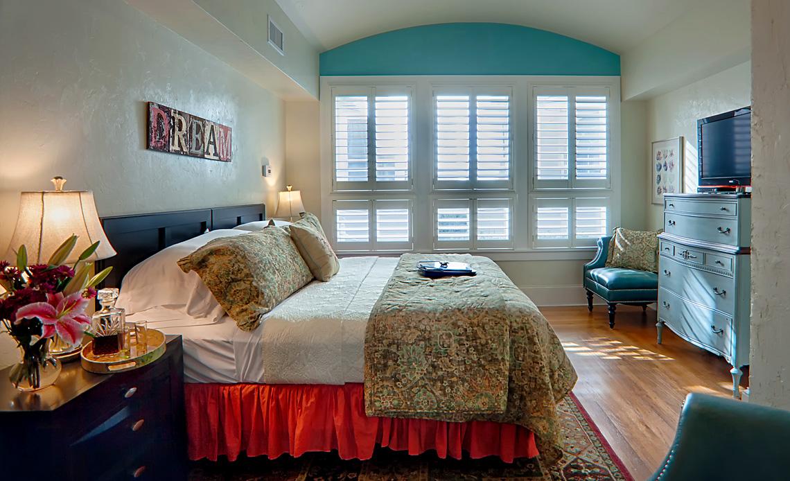 Granada room