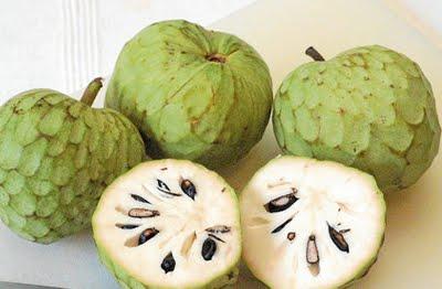 La Chirimoya fruta de temporada sana y rica