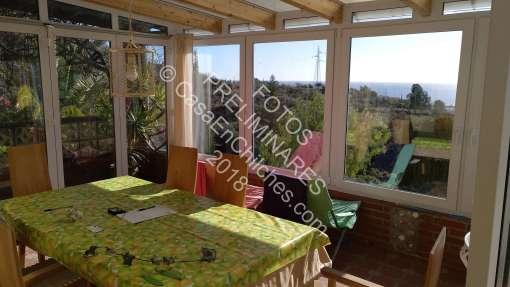 Casa Arco Iris, Chilches