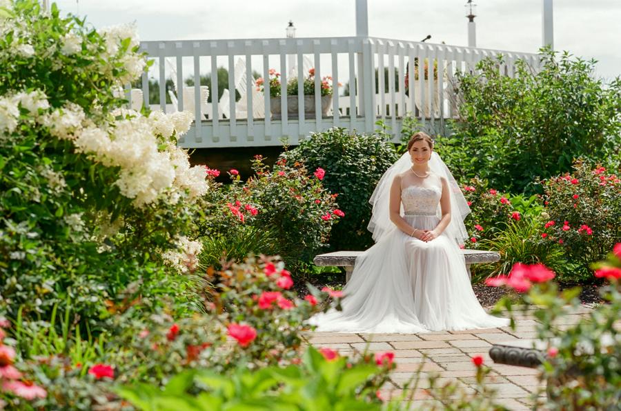 Bride, Wedding Ceremonies and Receptions at Casa Larga Vineyards