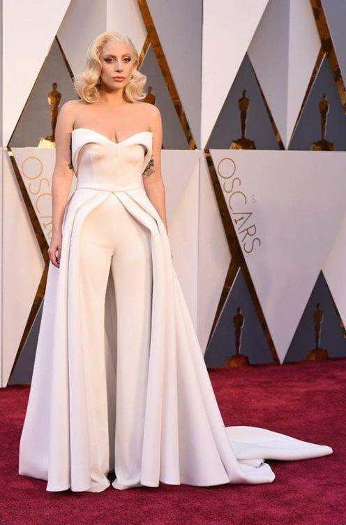 o-vestido-de-lady-gaga-oscar-2016