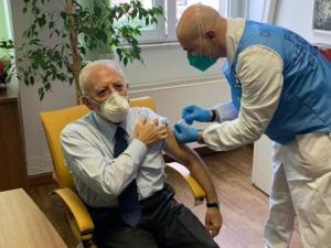 Vaccino Campania scegliere inoculare